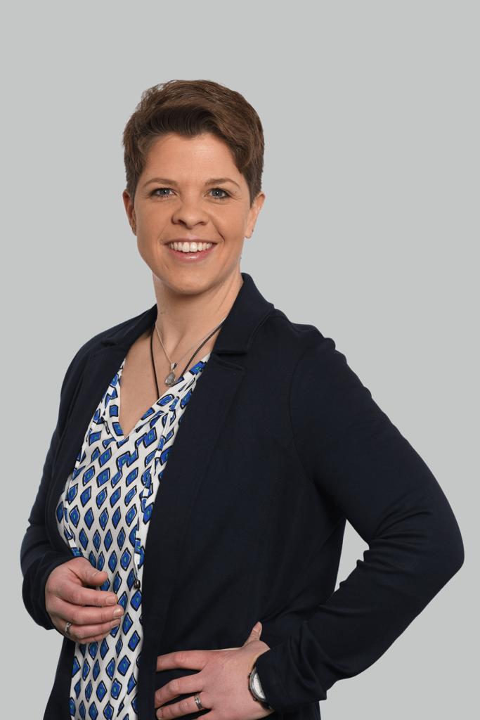 Portrait der Rechtsanwaltsfachangestellten Claudia Büchele.