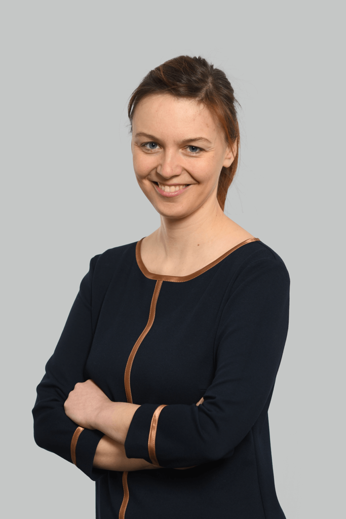 Portrait der Rechtsanwaltsfachangestellten Katharina Fischer.